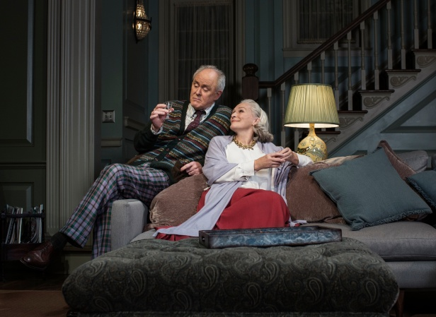 John Lithgow and Glenn Close in 'A Delicate Balance' (Photo credit: Brigitte Lacombe)