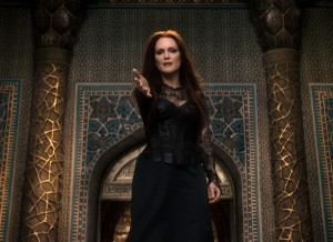 Julianne Moore in 'Seventh Son'