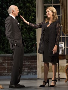 Larry David and Rita Wilson in 'Fish in the Dark' (Photo: Joan Marcus)